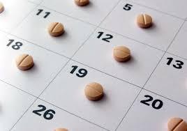 ¿Cuál es el nivel de adherencia al tratamiento frente al VIH necesario para alcanzar la indetectabilidad viral?